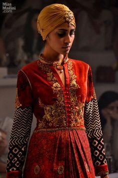 JJ Valaya Cruises in and Opens India Bridal Week's Delhi Edition - MissMalini
