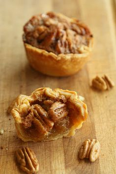 Half Baked: Pecan and Chocolate Chip Mini Pies Mini Desserts, Just Desserts, Delicious Desserts, Dessert Recipes, Yummy Food, Mini Pecan Pies, Mini Pies, Mini Pie Recipes, Cooking Recipes