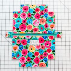 Sewing Hacks, Sewing Tutorials, Sewing Crafts, Sewing Tips, Makeup Bag Tutorials, Creation Couture, Leftover Fabric, Love Sewing, Sewing Projects For Beginners