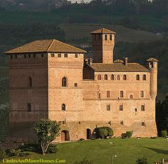 Castello di Grinzane Cavour (Castle of Grinzane Cavour) Grinzane Cavour, Piedmont, Italy...    www.castlesandmanorhouses.com   ...    The castle includes a large tower, which is thought to be the most ancient part of the construction. Its origins have been assigned to the 13th century or 14th century. It was inscribed on UNESCO World Heritage list in 2014 and currently houses an ethnological museum.