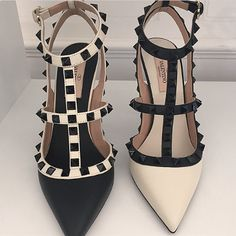 Preview of the Valentino Monochrome Collection for Fall/Winter 2015 | Spotted Fashion