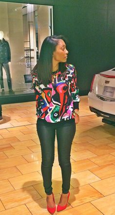 Colorful sweater/shirt and black liquid pants n red heels