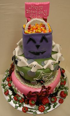 halloween birthday cakes | Halloween Birthday Cake with Treat Bag. | Flickr - Photo Sharing!