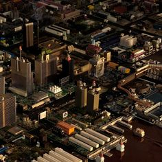 LP Cover for Chaval Records A full city composed by a finncial area a port a railwaystation industrial warehouses etc. constructed from computer parts and electronic components to transmit the same analog feeling the LP has. Lp Cover, Cover Art, Circuit City, Circuit Board, Computer Parts And Components, Electronic Engineering, Electronic Art, Home Automation, Empire State Building