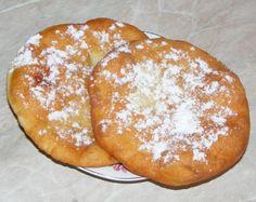 Asa faci cele mai pufoase si delicioase scovergi! Iata reteta bunicii! Cake Recipes, Dessert Recipes, Desserts, Romanian Food, Food Cakes, Pain, I Foods, Goodies, Food And Drink