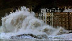 storm tormenta wave olas temporal faro