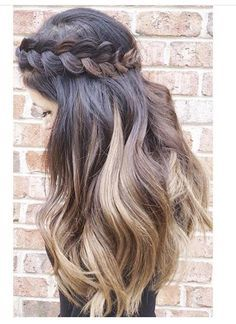 crown braid | long curly hairstyles | dark root | blonde | honey | easy | simple