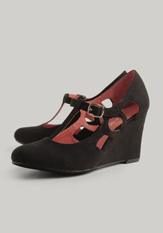 Colleen Cutout Wedges By Chelsea Crew at #Ruche @Ruche