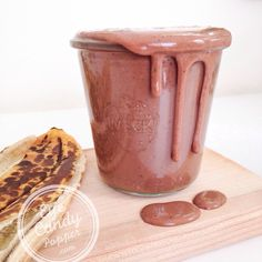 Post-workout chocolate protein smoothie without any protein powder! (vegan, whole food, gluten-free, refined sugar-free)