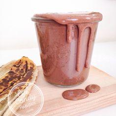 Real food chocolate protein post-workout smoothie, no protein powder! #vegan #paleo #glutenfree #soyfree