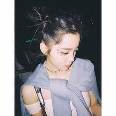 🌙✨ #coachella2017 Role Player, Pose Reference Photo, Girl Artist, Stylish Girl Images, Grunge Girl, Chinese Actress, Kawaii Girl, Girls Image, Ulzzang Girl
