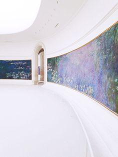Claude Monet's Les Nymphéas at Musée de l'Orangerie. Photography by Finch & Fawn.
