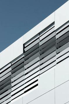 Takashi Yamaguchi & Associates | Parametric Fragment