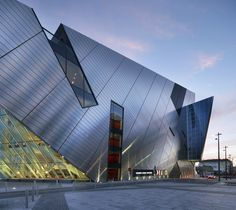 Grand Canal Square Theatre and Commercial Development - Daniel Libeskind - Ireland | Simbiosis News