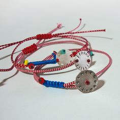 Fabric Bracelets, Evil Eye Jewelry, Red Button, Jewelry Packaging, Packaging Design, Macrame, Jewelry Design, Jewels, Leather