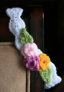 """I don't have any babies of my own, so when I needed to make a headband for a friend's baby shower, I thought to myself, """"Gosh, I don't know how big babies' heads are!"""" The solution: make a headband that does not have to fit a certain sized head!"""