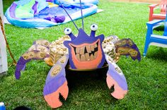 Tamatoa moana party - see people who tried this Moana Themed Party, Moana Birthday Party, Hawaiian Birthday, 6th Birthday Parties, Luau Party, Birthday Fun, Birthday Ideas, Maui, Diy