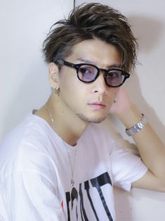 Asian Men Hairstyle, Japanese Men, Actor Model, Haircuts For Men, Hair Designs, Hair Inspiration, Fashion Art, Cool Hairstyles, Hair Cuts