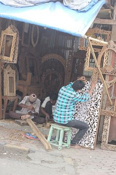 the wood carvers of mahim