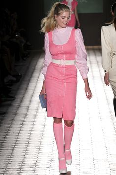 Catwalk photos and all the looks from Olympia Le Tan Spring/Summer 2015 Ready-To-Wear Paris Fashion Week Women's Runway Fashion, Fashion Week, Daily Fashion, Spring Fashion, Fashion Show, Womens Fashion, Fashion Design, Paris Fashion, Fashion Bible