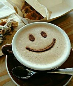 Smile Happy Coffee, Good Morning Coffee, I Love Coffee, Coffee Break, Coffee Latte Art, Coffee Cafe, Coffee Drinks, Anniversary Cake Designs, Good Morning Wishes Friends