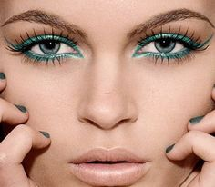 Turquoise eye makeup #turquoise #eyeshadow #beauty #makeup #bbloggers
