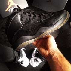 OvO x Air Jordan 10 Black  @fullshoes91 #OvO #AirJordan10 #OVOAirJordan10Black #jordan #jordandaily #jordandepot #jordanfeatures #jordanbrand #kicks0l0gy #kicklahoma #kickstagram #therealblacklist #complexkicks #the_perfect_pair #crepcheck #snkrhds #crepecity #womft #runnerwally #rare_footage #runnerclubuk #theshoegame #runnergang #klettakeover #sadp #streetrules #ModernNotoriety #basementapproved #sneakerplaats by fullshoes91