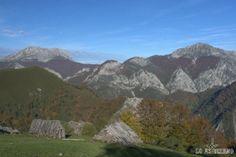 Picos Tiatordos y Maciédome, desde la majada Cerréu, en el Parque Natural de Redes.