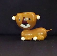 RARE WOODEN ? HAND PAINTED EGG CUP - CAT WITH ROUND HEAD AND THIN TAIL