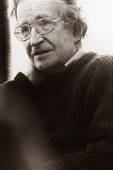 Noam Chomsky και Donald Sadoway μιλούν στο Εσπερινό Λύκειο Αργοστολίου για τις Θεωρίες Συνωμοσίας