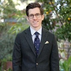 Olive donegal tweed navy duck print tie...what's not to love about this getup?