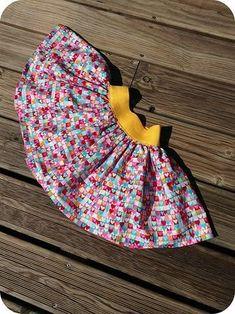 Encore un grand merci à Charlotte du blog que j'adore Et Puis La Neige Elle est trop Molle pour son tuto de la jupe Diabolo, une jupe qui tourne pour le plus grand bonheur de nos petites minettes !...