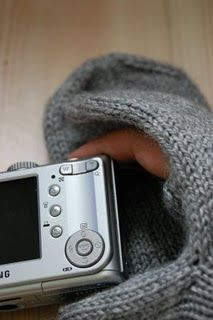 Photography mittens, maybe for use with smartphone!