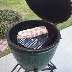 Big Green Egg: Breakfast Roll-up.  Perfect for entertaining for brunch - bacon, sausage, potatoes, eggs, cheese & veggies. | The Lowcountry Lady