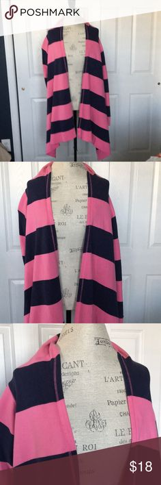 Lilly Pulitzer Cardigan/Wrap Lilly Pulitzer high/low cardigan/wrap with open front. Perfect for lounge and or beach wear - 100% cotton. Has been worn several times, is in good condition and shows some wear around  the neckline, from a smoke free environment Lilly Pulitzer Sweaters Cardigans