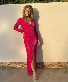 Lili Reinhart, Betty Cooper Riverdale, Riverdale Betty And Jughead, Teen Choice Awards, Veronica Beard, Girl Crushes, Nice Tops, Pink Dress, Lily