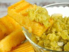 Salata de gogonele cu mamaliguta Onion Rings, Dishes, Ethnic Recipes, Diy, Crafts, Food, Salads, Manualidades, Bricolage