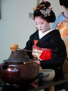 Tea Ceremony - Japan. www.teacampaign.ca  Source: see below.