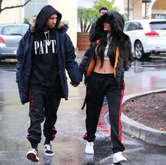 Kylie Jenner spotted shopping with boyfriend Tyga