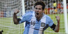 12/10/2012 Con una actuación brillante de Lionel Messi, Argentina vence a Uruguay 3 a 0 en el Malvinas Argentinas de Mendoza. Fue la primera vez que el seleccionado jugaba por Eliminatorias en la provincia de Mendoza.