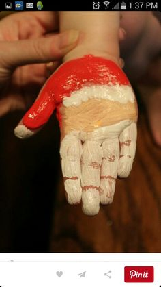 Cute and funny Christmas handprint and footprint crafts for kids – Christmas Crafts Childrens Christmas Crafts, Christmas Crafts For Toddlers, Xmas Crafts, Toddler Crafts, Christmas Cards Handmade Kids, Santa Crafts, Kid Crafts, Homemade Christmas, Christmas Fun