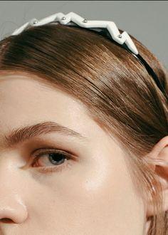 Тиара + готический макияж