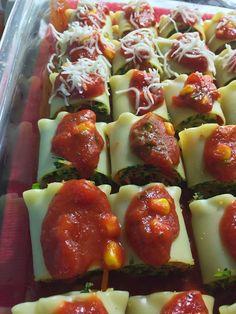 Jain Tadka: Mini Spinach Corn Roll Ups Lasagna Jain Recipes, Gujarati Recipes, Indian Food Recipes, Italian Recipes, Vegetarian Recipes, Snack Recipes, Cooking Recipes, Snacks, Bread Recipes