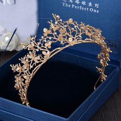 2017 New Fashion Vintage Gold Flower Bridal Crown Charming Rhinestone Tiaras for Women Wedding Diadem Hair Accessories wholesale