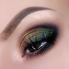 Ritzy Makeup Tutorial by kleopatre. Makeup Geek Duochrome Eyeshadow in Ritzy, I'm Peachless and Havoc.