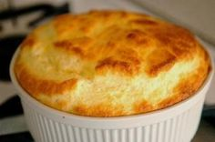 Phase 3 Soft Foods : cheese and egg soufle Cheese Souffle, Souffle Recipes, Cuisine Diverse, Soft Foods, Cod Fish, Bariatric Recipes, Easy Meals, Cooking Recipes, Food Cakes
