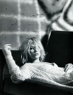 Kate Moss messy bob