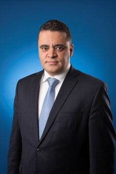 Sofiane Benmaghnia este noul Director General al Holcim Romania // Sofiane Benmaghnia, algerian-canadian, in varsta de 39 de ani, a fost numit director general al Holcim Romania incepand cu 1 aprilie 2016. Sofiane il va inlocui pe François Petry, care a devenit recent CEO Aggregates Industries – subsidiara LafargeHolcim din Regatul Unit. Sofiane Benmaghnia, director general al Meftah Cement Operations,