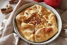Torta di mele e cannella con pasta brisée Apple Deserts, Sweet Cakes, Antipasto, Biscotti, Apple Pie, Mousse, Good Food, Desserts, Recipes