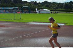 Marias bedste Halvmaraton Man kan holde sig i form ved forskellige slags motion. Maria synes det er specielt motiverende at skulle træne op til et løb. For øjeblikket (midt januar) er målet hendes 11. GöteborgsVarv halvmaraton i maj. Maria hidtil bedste Halvmaraton har jeg lavet en lille PowerPoint video om.